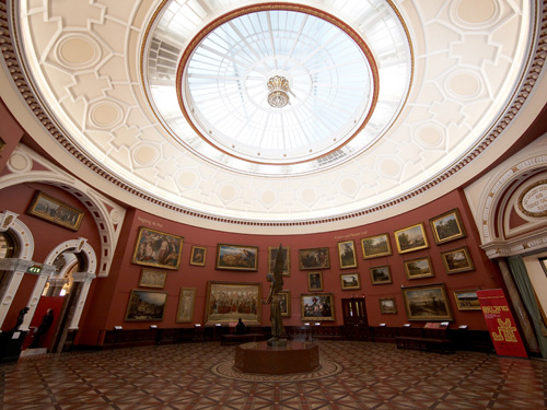 the 'Round' room at Birmingham Museum and Art Gallery