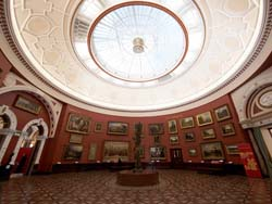 round room Birmingham Art Gallery